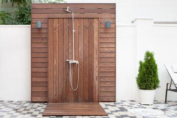 Pool House, cuisine d'extérieur et douche près de Créon